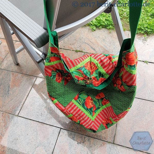 rot-grüne Patchwork-Tasche