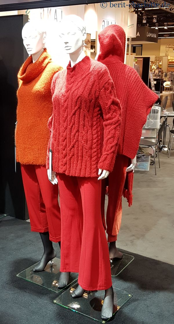 Lang-Yarns-Modell in rot