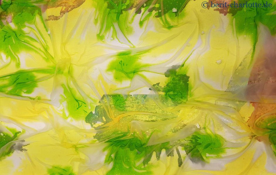 Tuch Nr. 2 von Karin: grün-gelbe Symphonie
