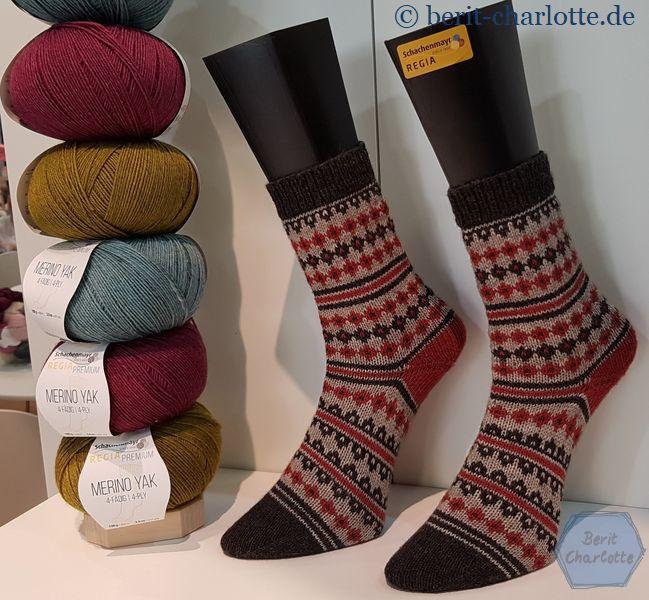 Schachenmayr Regia Merino Yak. Und mein Wunsch, Fair Isle Socken stricken zu können, wird immer größer.