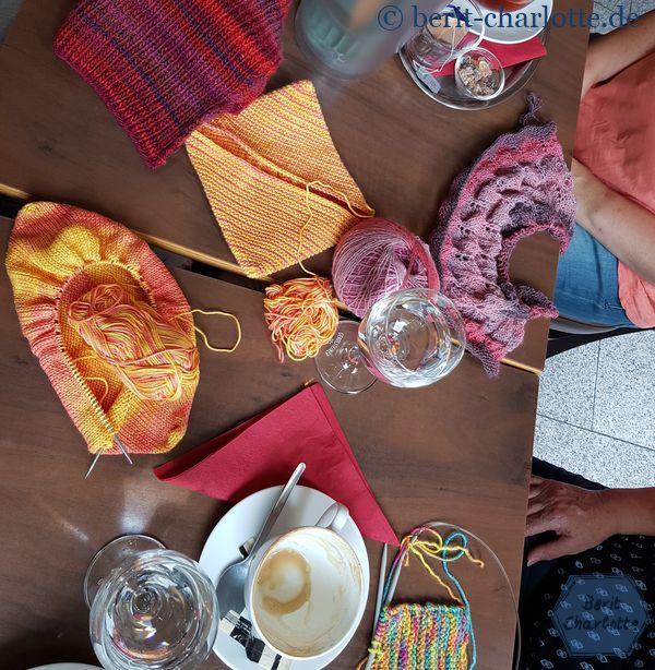 monatliches Handarbeitstreffen im Cafè