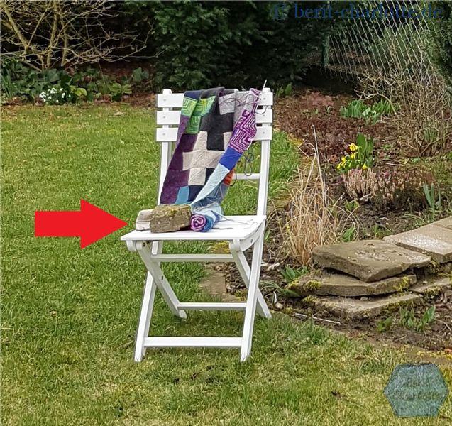 Die Decke wollte einfach nicht freiwillig auf dem Stuhl liegenbleiben.